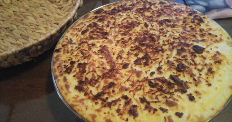 """Συνταγή-Βίντεο: """"Μακαρόνια του Φούρνου"""". Το κυπριακό παστίτσιο με χαλούμι!"""