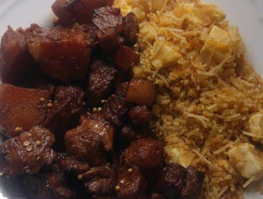 Συνταγή για Αφέλια (χοιρινό με κόκκινο κρασί και κόλιανδρο) και πατάτες