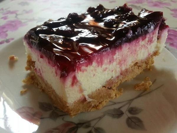 Συνταγή για Cheesecake λεμόνι με μαρμελάδα blackcurrant