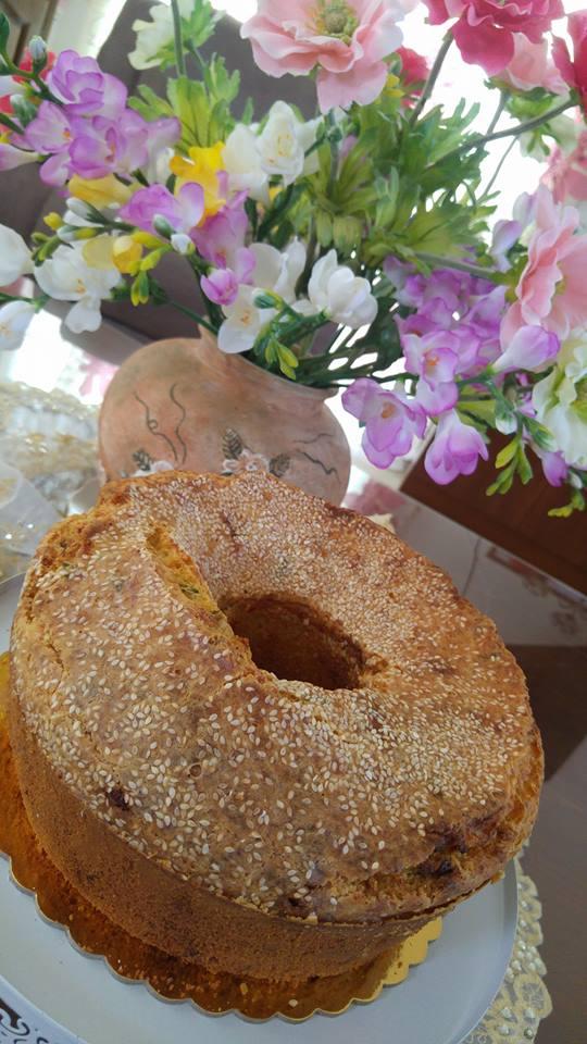 Συνταγή για κυπριακή τυρόπιττα / φλαουνόπιττα κέικ σε φόρμα