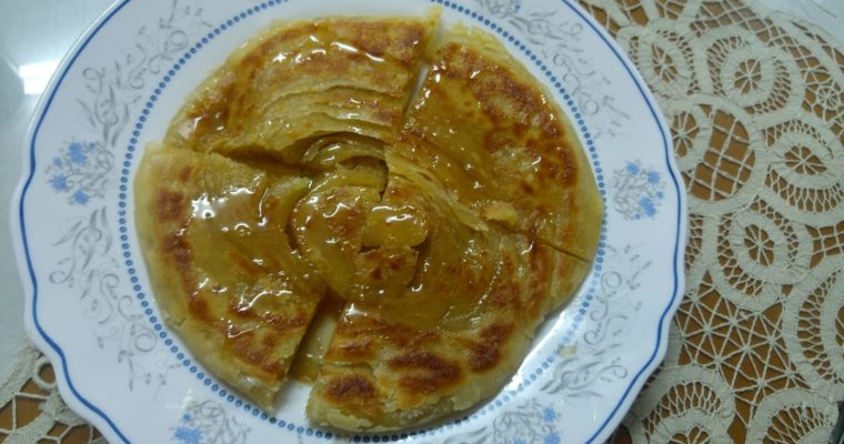 Συνταγή για Παραδοσιακή Πίττα Καρπασίτικη με μέλι
