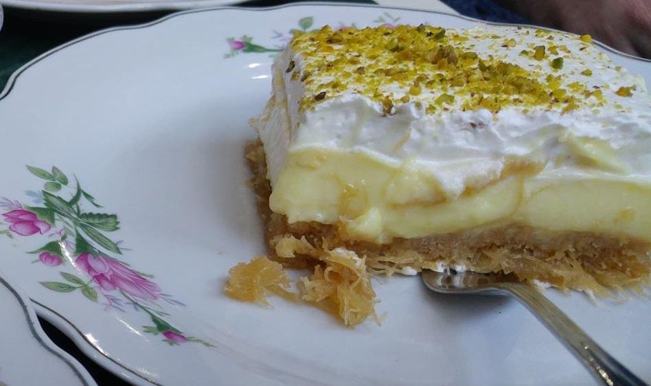 Συνταγή για Παραδοσιακό Εκμέκ κανταΐφι με κρέμα μαστίχας, σαντιγί και φιστίκι αιγίνης