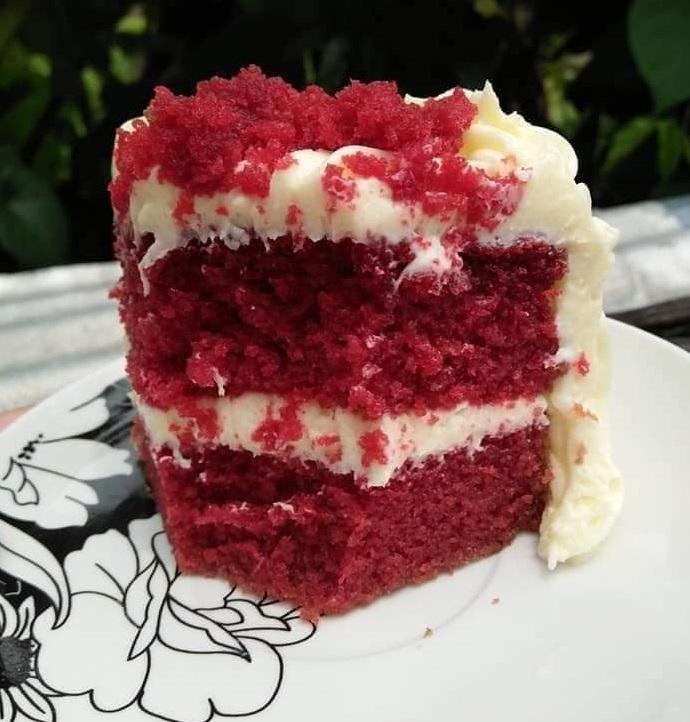 ΣΥΝΤΑΓΗ ΓΙΑ RED VELVET CAKE ΜΕ NUTELLA