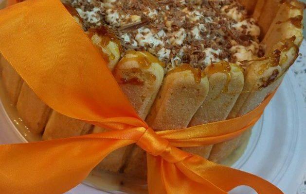 Συνταγή για Banoffee με καραμέλα, κρέμα σοκολάτα nutella και μπισκότα σαβουαγιάρ